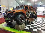 Hellcat оснастил Jeep Wrangler 6 × 6 2019 07