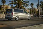 Mercedes-Benz вывела концепт EQV на улицах Барселоны
