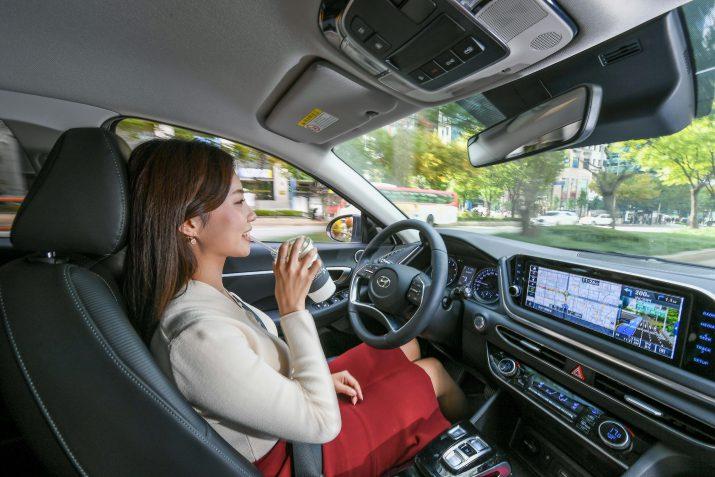 Hyundai Motor Group разрабатывает первый в мире круиз-контроль на базе искусственного интеллекта