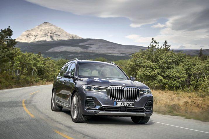 BMW X8 M45e PHEV 2019 02