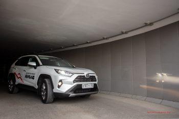 Тест-драйв Toyota RAV4 2019 Волгоград 15