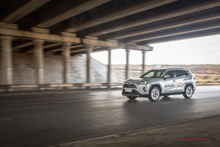 Тест-драйв Toyota RAV4 2019 Волгоград 19