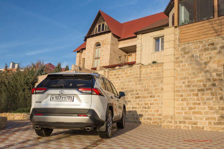 Тест-драйв Toyota RAV4 2019 Волгоград 35