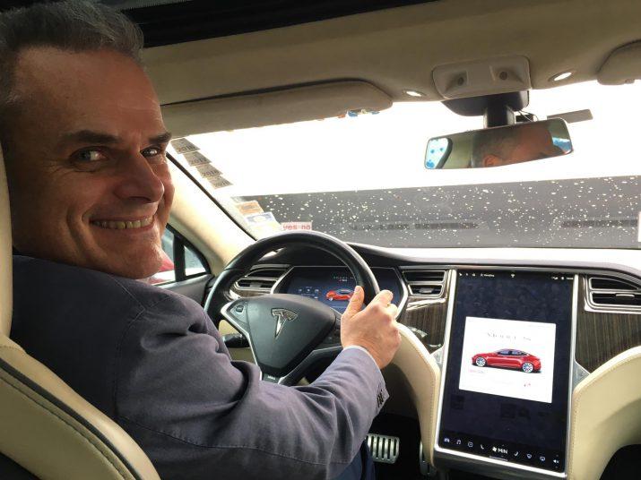 Эта Tesla Model S P85 проехала 1 миллион километров