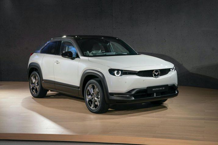 Кроссовер Mazda MX-30 2020 04