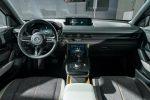 Кроссовер Mazda MX-30 2020 08