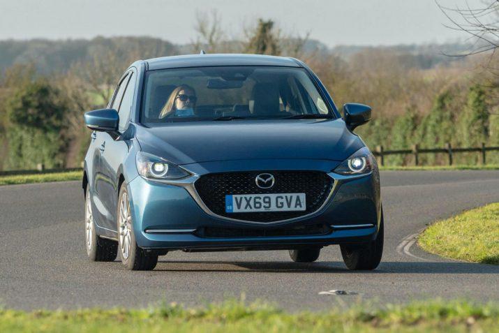 Обновленный Mazda2 2020 05