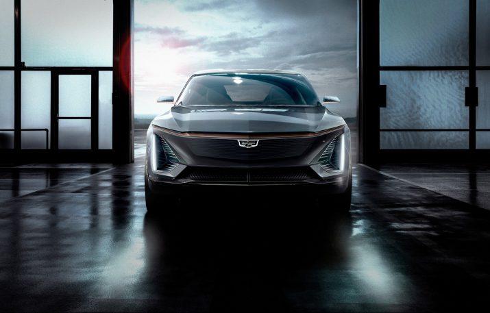 Первый электромобиль Cadillac дебютирует примерно через год
