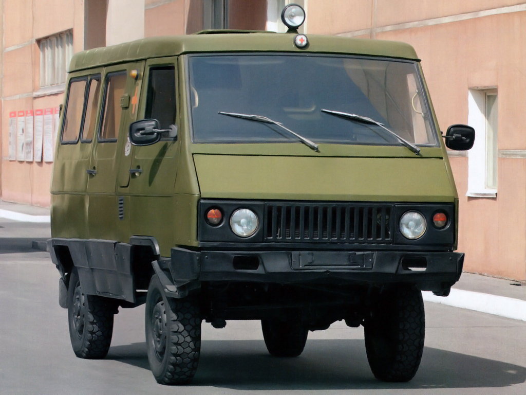 В Сети появились эскизы концептуального УАЗ-3972