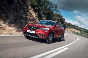 Почему Renault успешно продает Arkana