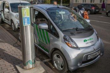 По российским дорогам ездит более 6 000 электромобилей