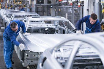 Распространение электромобилей оставит не у дел 400 000 немецких работников автопрома