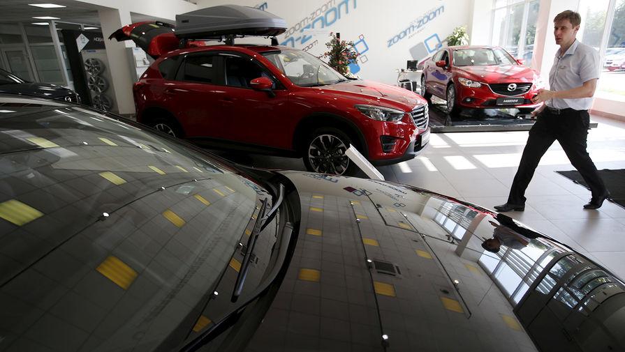 Прибыль российских автокомпаний в апреле упала более чем вдвое