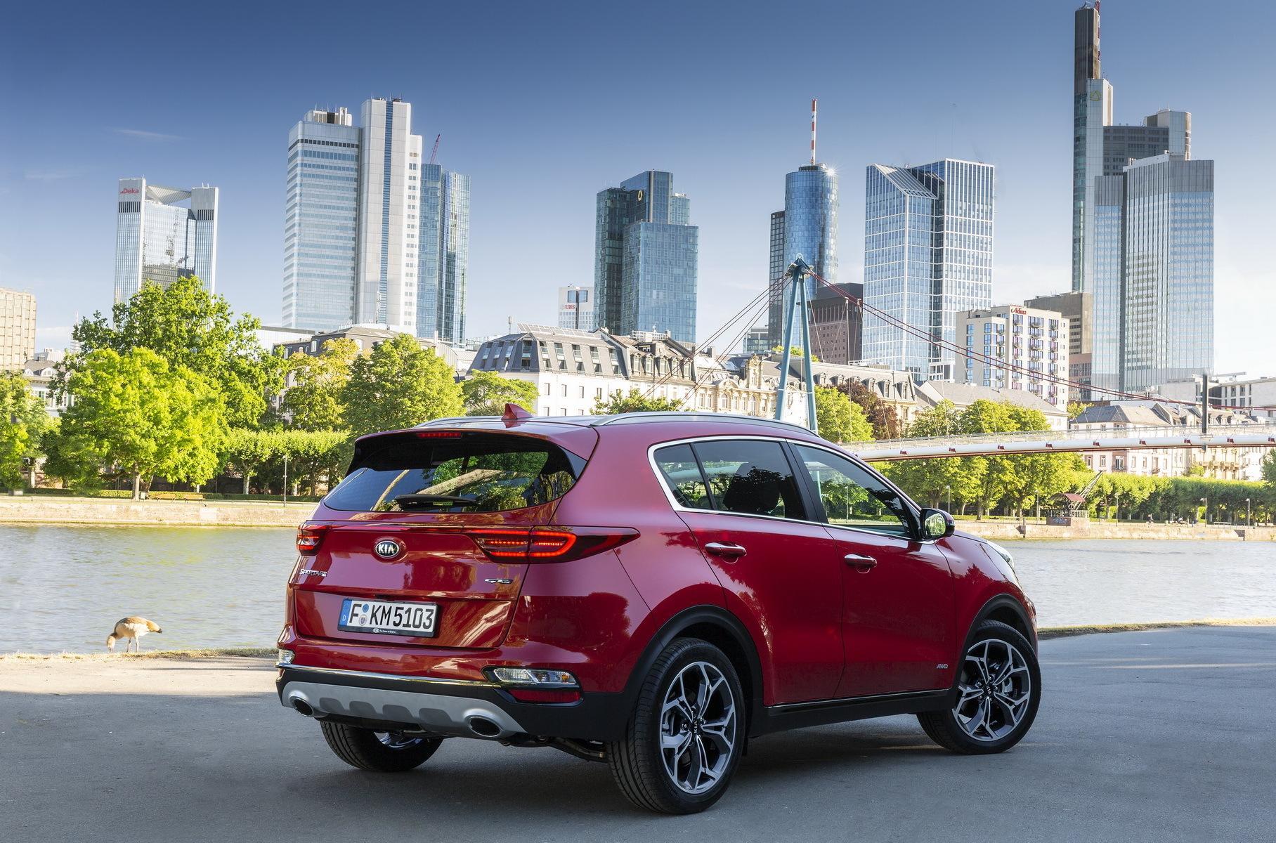 Новый Kia Sportage хочет всех поразит своим дизайном, а потому его дебют отложен на год