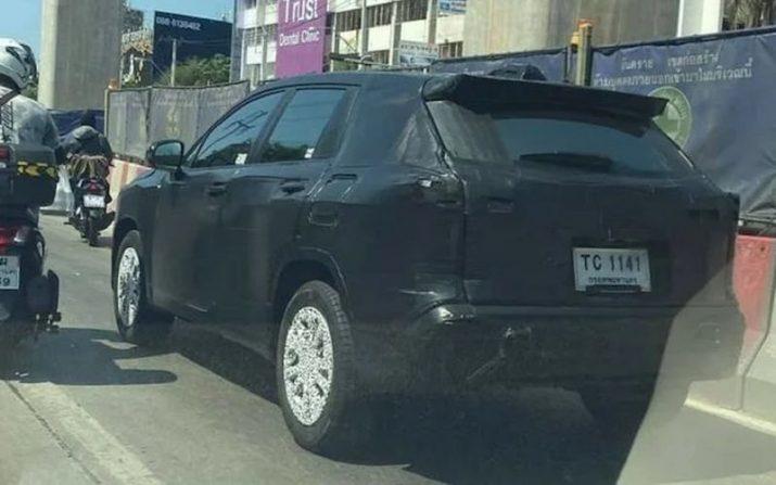 Новый кроссовер Toyota Corolla Cross: как RAV4, только меньше и дешевле
