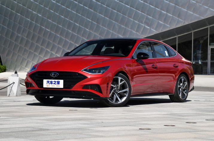 Hyundai представил удлиненную Sonata