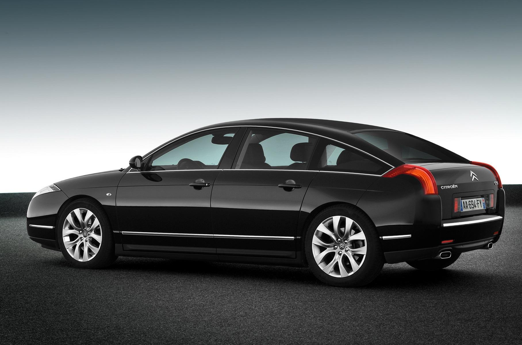 Citroen создает бизнес-седан, который бросит вызов BMW и Audi