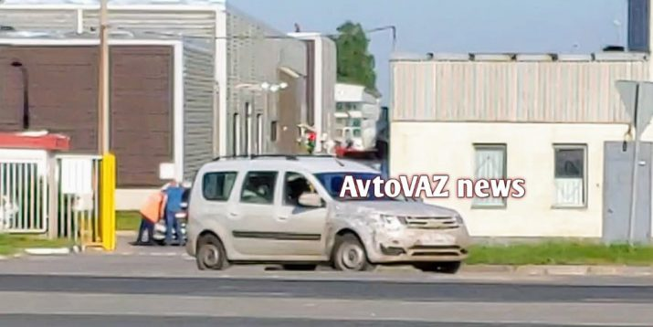 В Сеть просочились подробности об обновленном Lada Largus