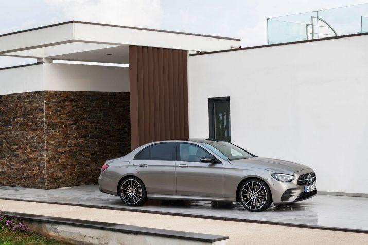 Mercedes объявил цены на обновленный E-Class российского производства