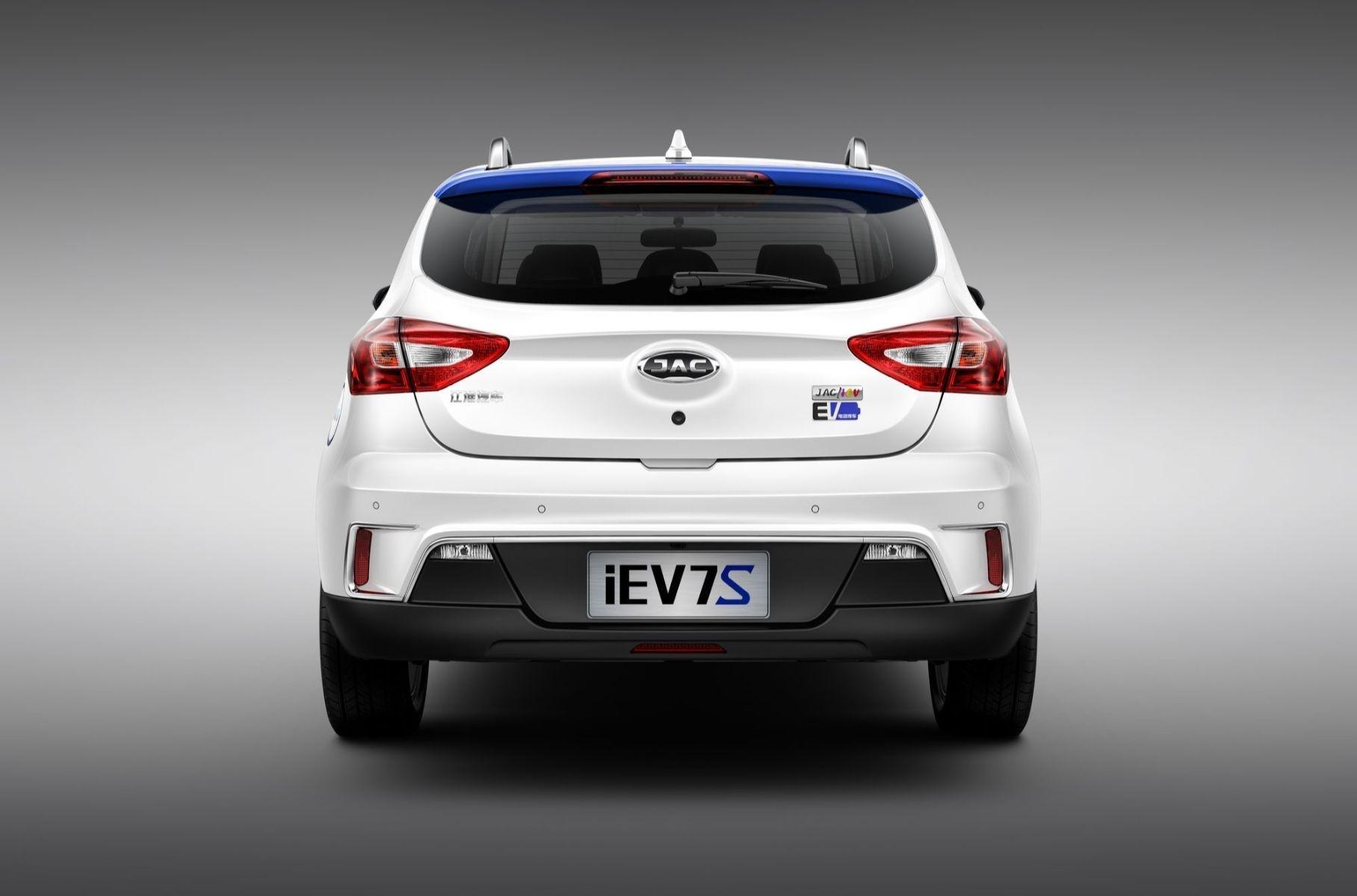 В России выйдет китайский электромобиль казахского производства