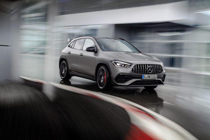 Новый Mercedes-AMG GLA стоит от 4 200 000 рублей