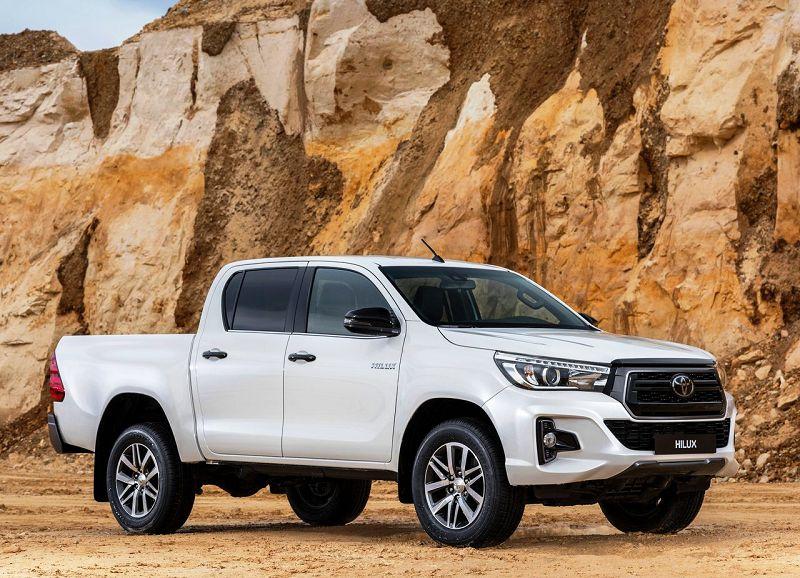 Toyota провела онлайн-премьеру нового Hilux