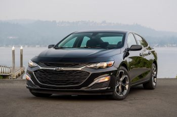 Седан и «бюджетный» кроссовер: Chevrolet привезет в Россию новые авто