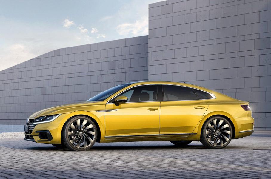 В гамме Volkswagen в РФ теперь на одну модель меньше