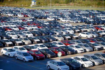 Рынок автомобилей в России ожидает спад