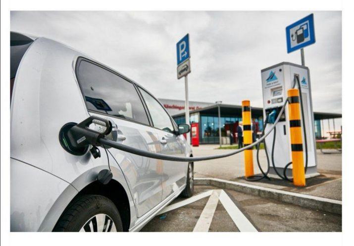 Электромобиль и ДВС - стоимость их выпуска будет одинаковой к 2024 году