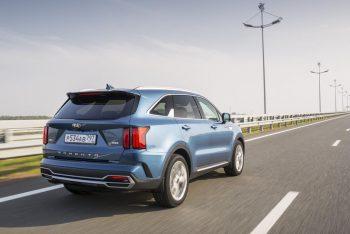 Kia Sorento на дизельном топливе и коробкой «робот» - продажи в РФ остановили