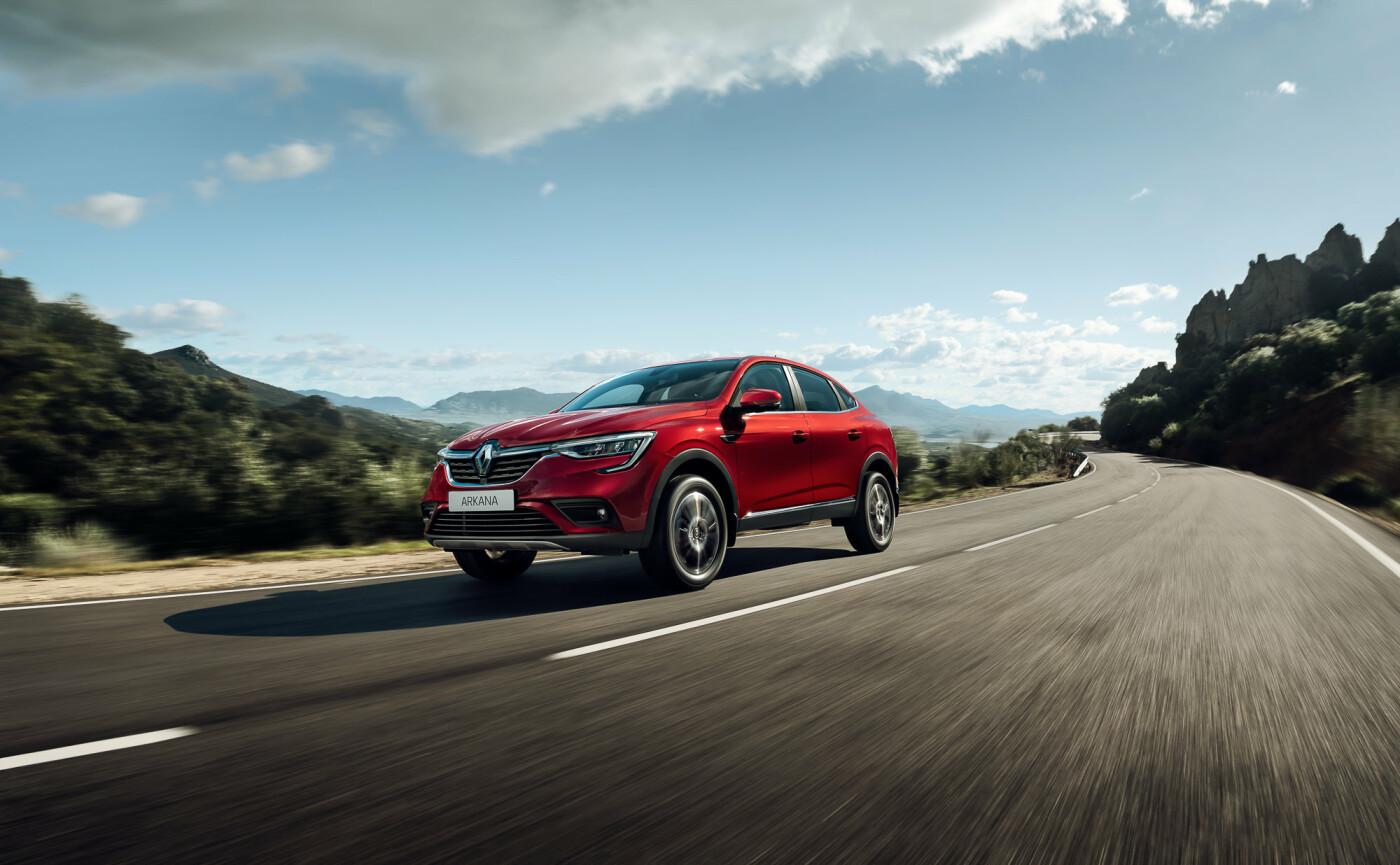 Renault Arkana снова в рейтинге востребованных кроссоверов РФ