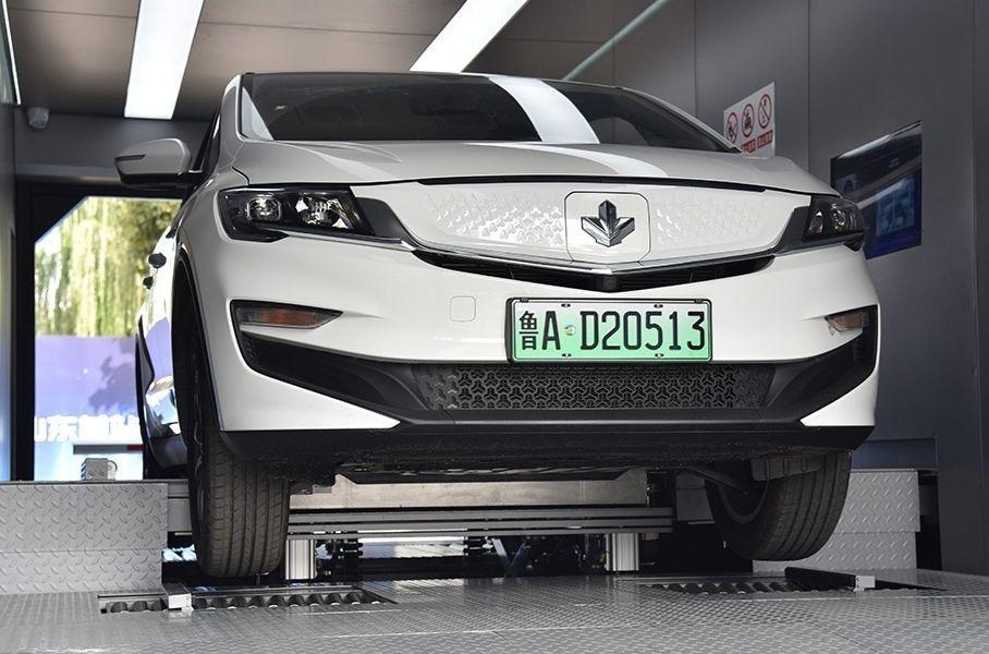 Lifan станет производить электромобили под  контролем Geely