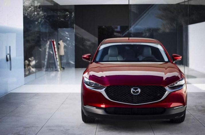 Стоимость Mazda CX-30 в РФ опять поменяли
