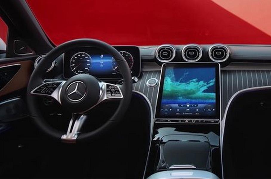 Новый Mercedes-Benz C-сегмента целиком рассекретили еще до дебюта