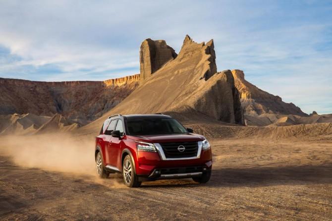 Обновленный Nissan Pathfinder станут привозить в РФ по импорту