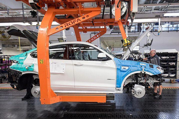 В РФ прекратят производить 5 машин BMW