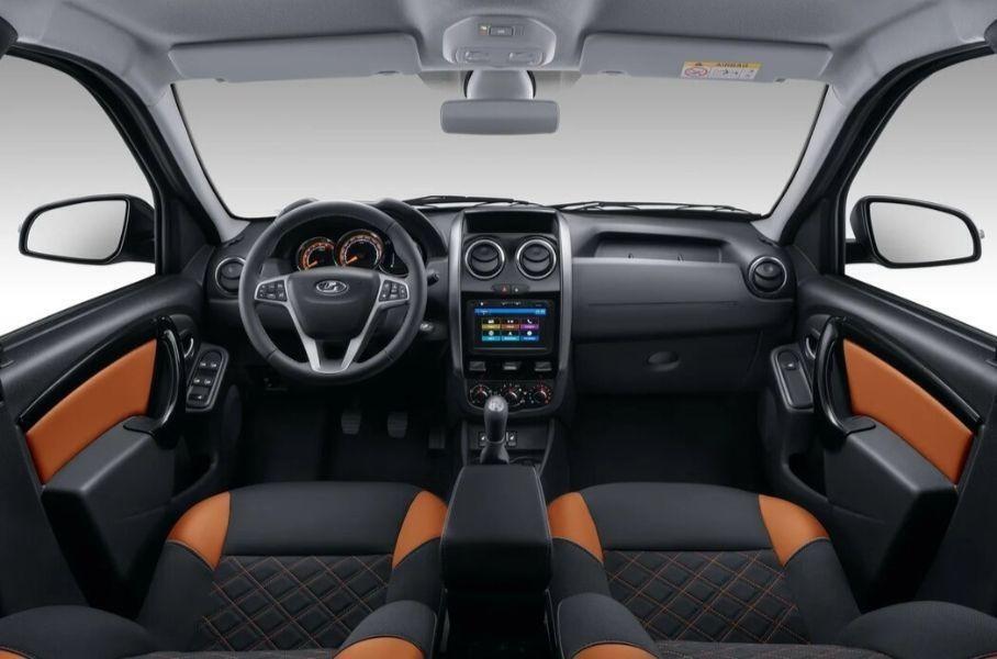 В РФ начали продавать рестайлинговый Lada Largus