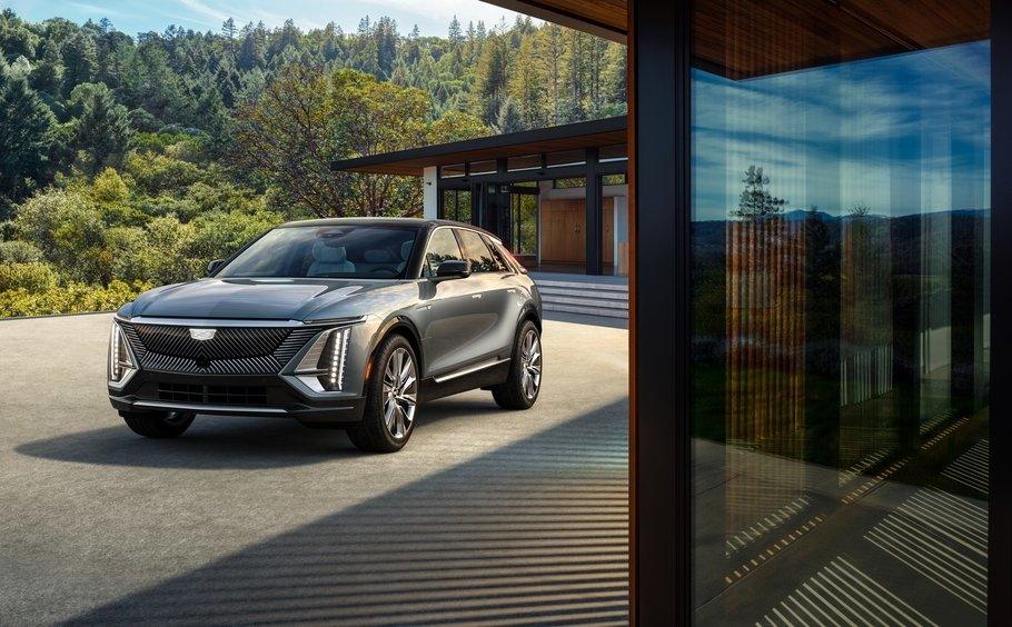 Презентацию нового Cadillac Lyriq сопроводили шокирующим заявлением от главы компании