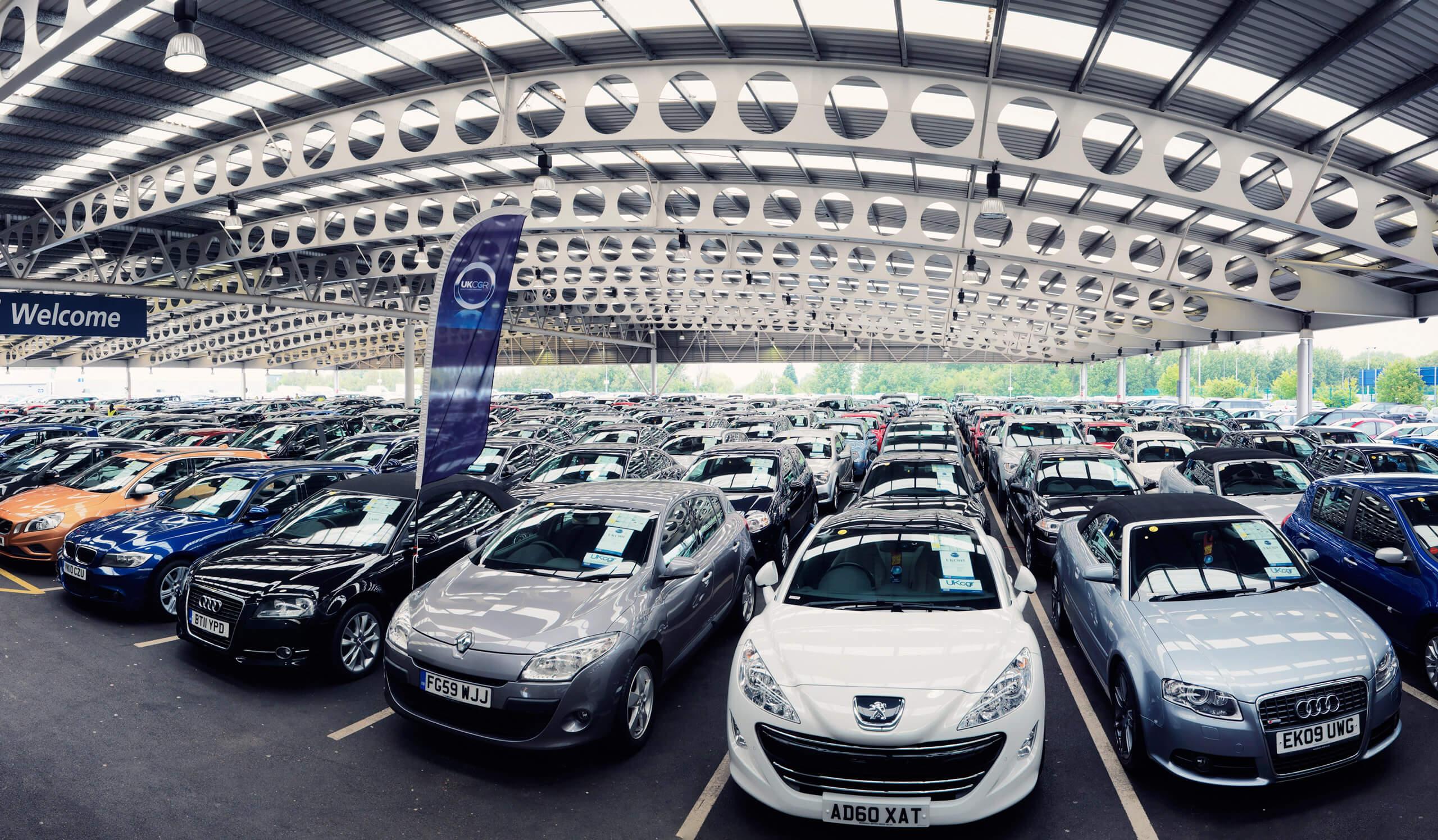 В марте европейский автомобильный рынок показал рост в 63% на низкой базе