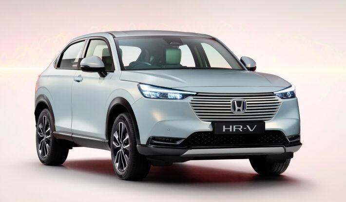 Японская компания Honda представила HR-V 2021 года с гибридной установкой