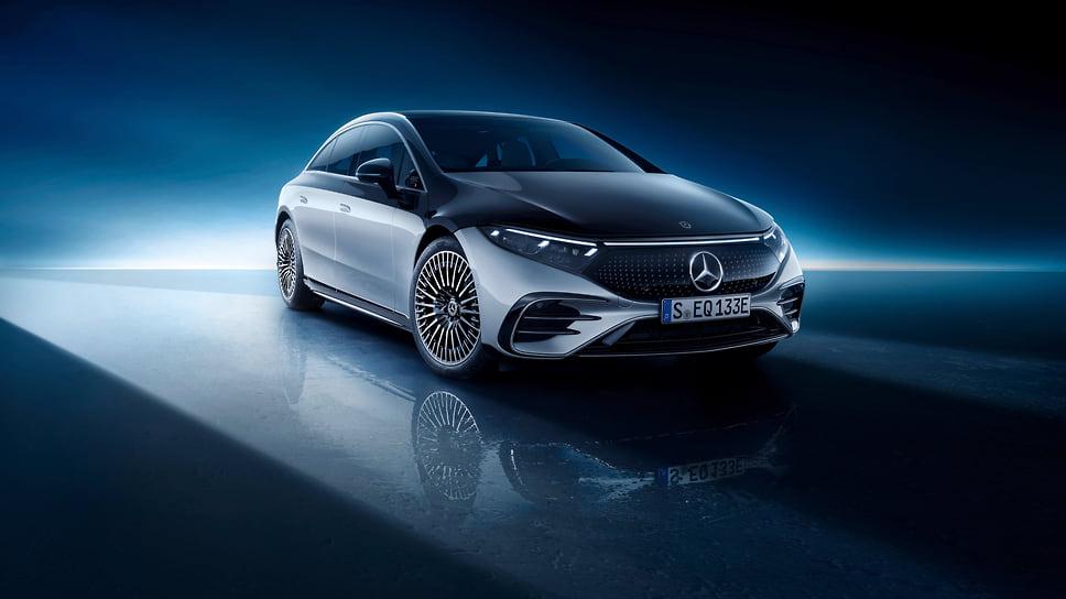 Первый полностью электрический флагманский седан EQS рассекретила компания Mercedes-Benz