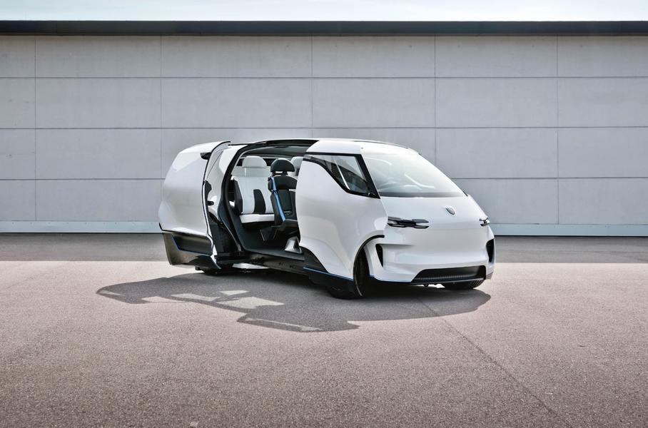 Новый минивэн с вращающимися креслами представил Porsche