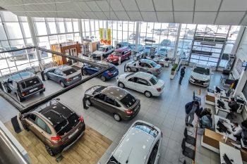 20 автомобильных марок изменили цены на рынке России в июле