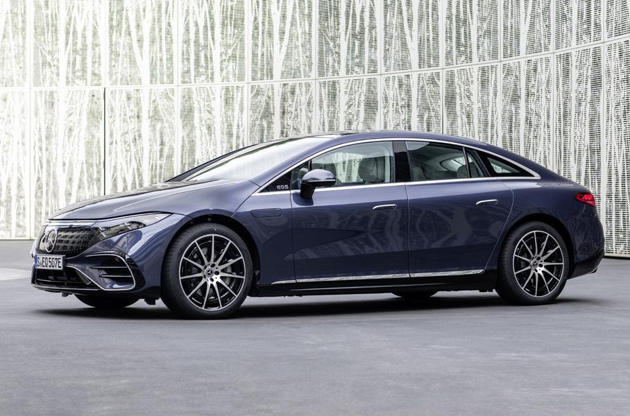 Два электрокара привезет компания Mercedes-Benz в Россию
