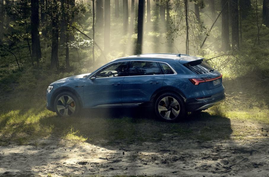 Долгосрочную аренду автомобилей в РФ предлагает компания Audi