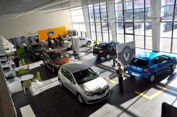 На рынке РФ увеличились цены на автомобили Renault