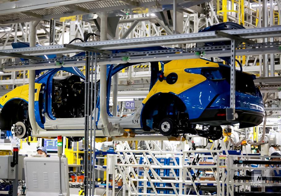 Производство автомобилей приостановит компания Hyundai в России
