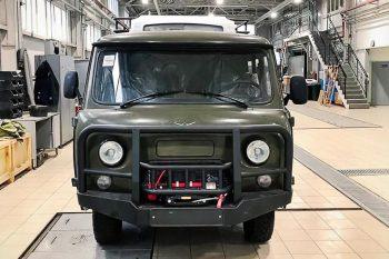 Новую «Буханку» с силовыми бамперами и системой кондиционирования представил УАЗ
